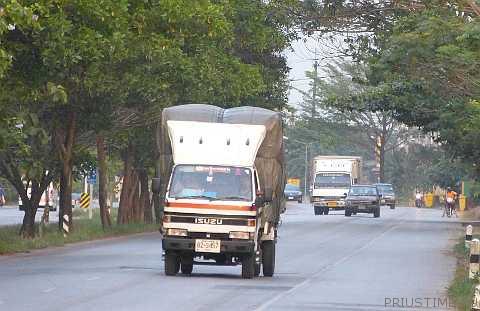 грузовичёк